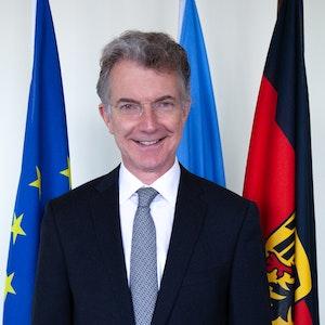 Dr. Christoph Heusgen